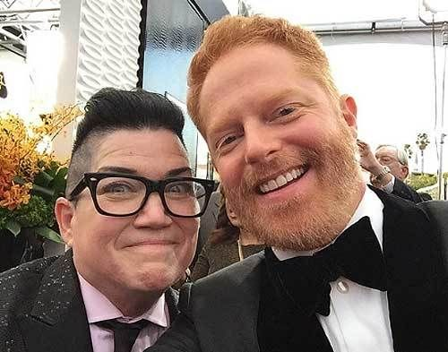 Lea DeLaria & Jesse Tyler Ferguson on the red carpet for the 2016 Screen Actors Guild Awards.