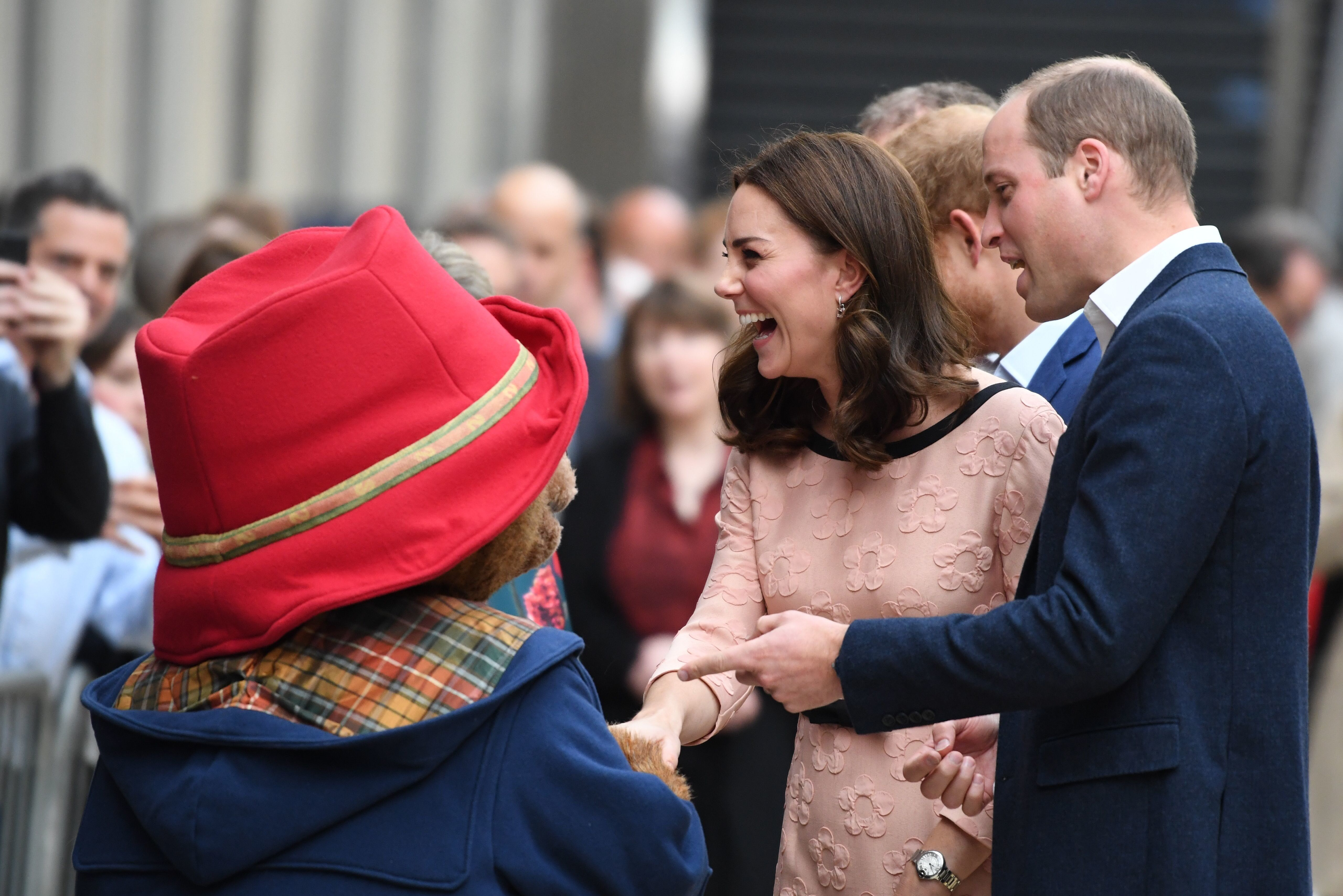 Prince William and Catherine expecting baby in April 2018