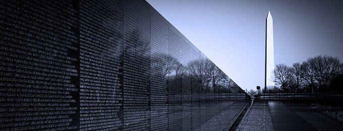 """Modernist"" or ""Postmodernist,"" both or neither? Vietnam Veterans Memorial, Washington, DC."