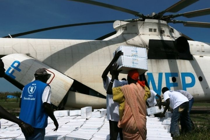 The World Food Programme unloading supplies to hunger victims in South Sudan.