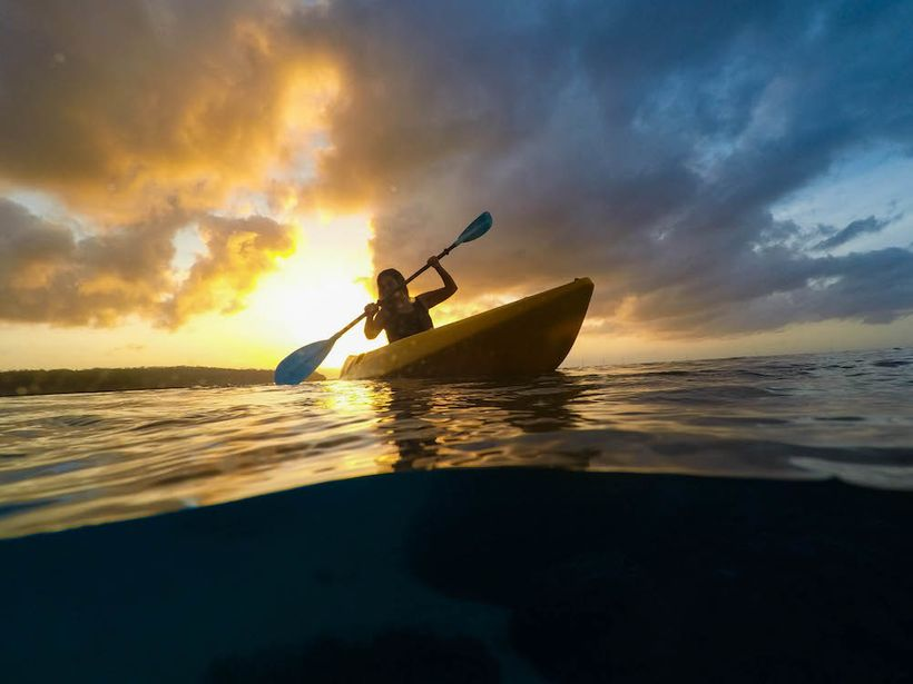 "Kayaking off the shores of <a rel=""nofollow"" href=""http://www.lelagoto.ws/"" target=""_blank"">Le Lagoto Resort</a> on the Samoa"