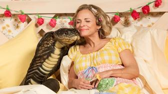 27056_007 At Home with Amy Sedaris 107 - Nature - KC