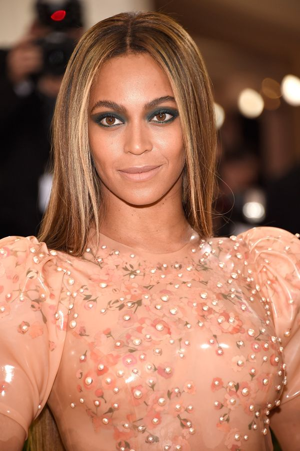 Beyoncé spoke publicly about the miscarriage shesuffered before becoming pregnant with Blue Ivy in her 2013 HBO