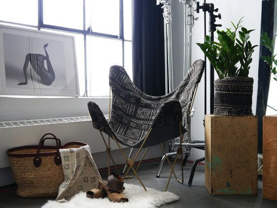 This safari-inspired butterfly chair is the perfect addition to any living room. You can even swap out the covers!