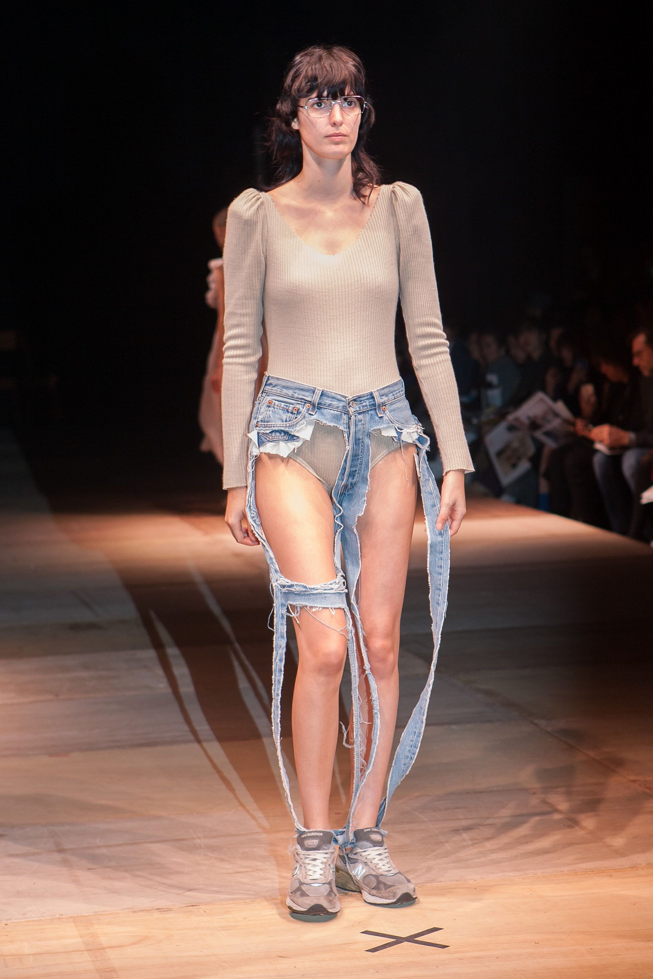 These High-Fashion 'Thong Jeans' Leave Little To The Imagination