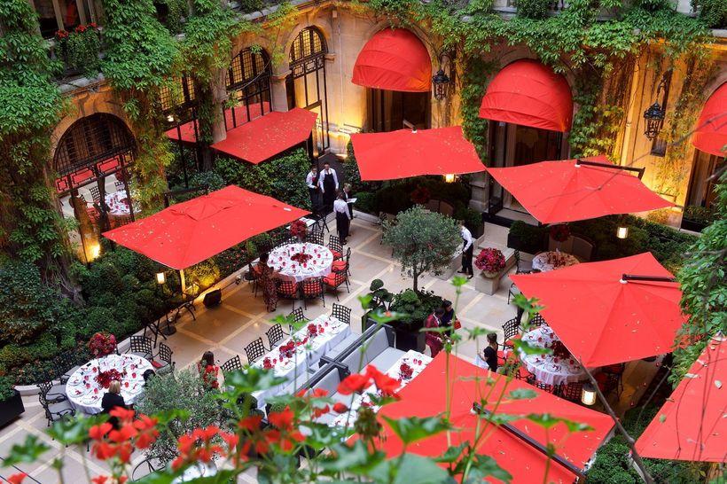 Cour Jardin, Hotel Plaza Athenee