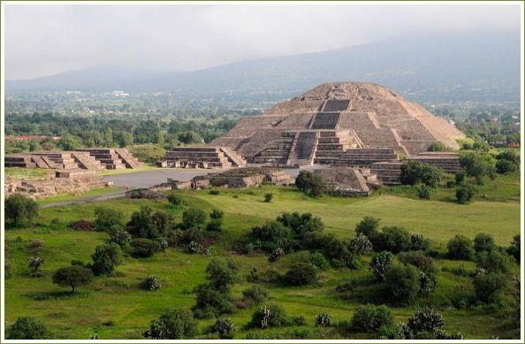 Moon Pyramid at Teotihuacán