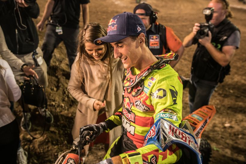 <strong>Celebrate.</strong> Musquin is one rider who clearly appreciates all of the people around him who make his career pos