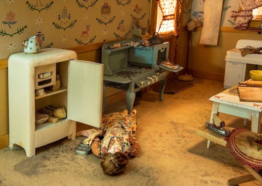 "Frances Glessner Lee's ""Kitchen,"" created around 1944-46. It measures approximately 17 by 25 1/4 by 24 3/4 inches."