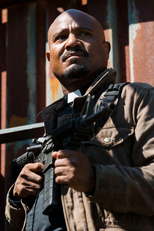 El estreno de la octava temporada de 'The Walking Dead' deja varios misterios sin