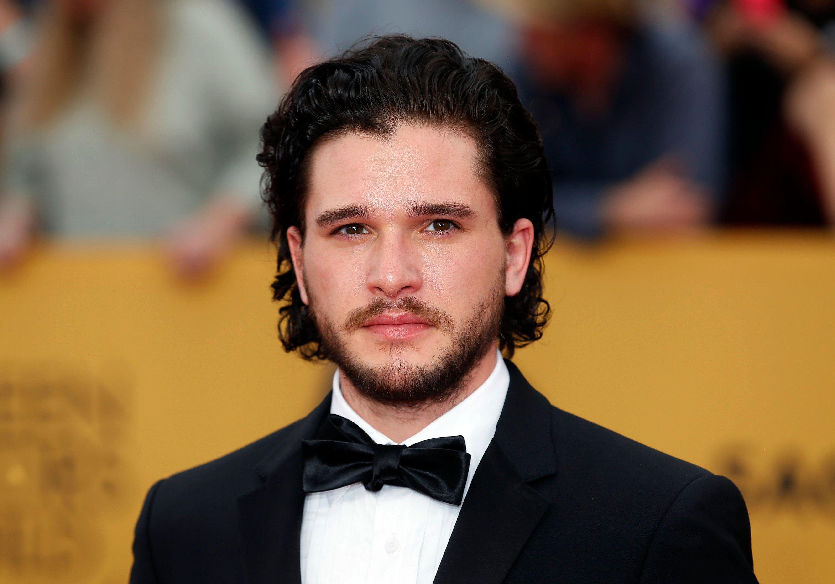 "Actor Kit Harington from the HBO series ""Game of Thrones"" arrives at the 21st annual Screen Actors Guild Awards in Los Angeles, California January 25, 2015.  REUTERS/Mike Blake  (UNITED STATES - Tags: ENTERTAINMENT) (SAGAWARDS-ARRIVALS)"