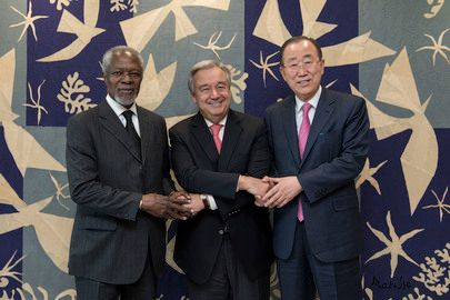 Former Secretaries-General Kofi Annan (left) and Ban Ki-moon (right) pay a courtesy call on Secretary-General António Guterre