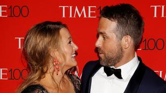 Actor Ryan Reynolds and wife Blake Lively arrives for the Time 100 Gala in the Manhattan borough of New York, New York, U.S. April 25, 2017.   REUTERS/Carlo Allegri