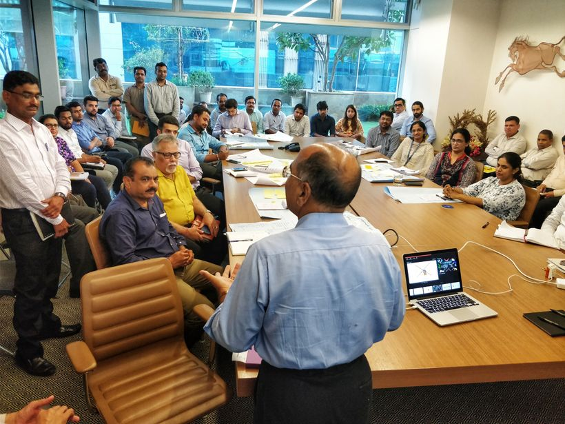 The Chairman Mr.Vijay Wadhwa addressing the employees on the importance of leadership, ownership and accountability