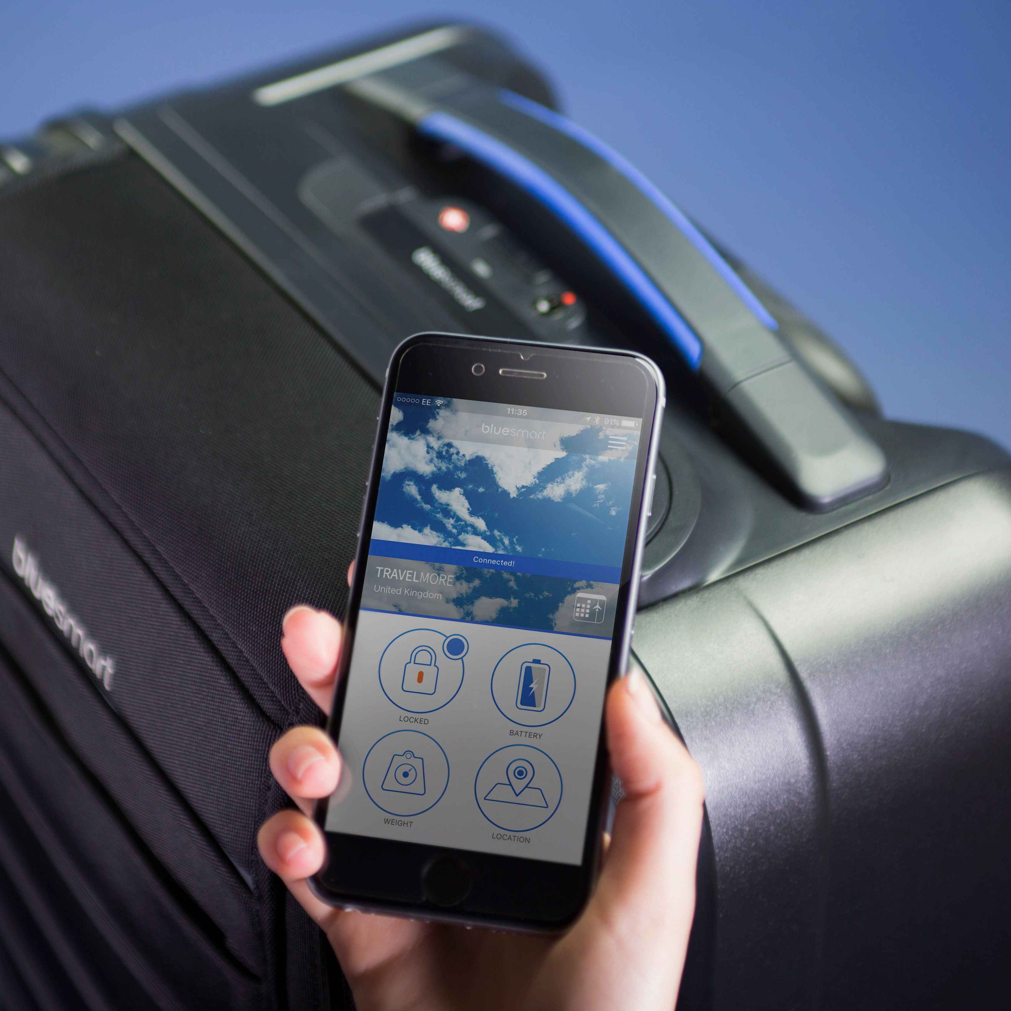 This Bluesmart 'Smart' Suitcase Takes All The Stress Out Of