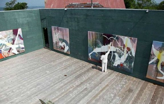 Julian Schnabel, creating large scale paintings en plein air, Montauk studio.   From <em>In the Course of Seven Days</em>, a
