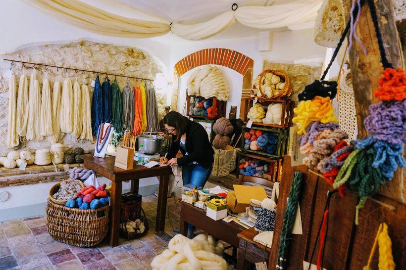 AquiLANA shop in Santo Stefano di Sessanio