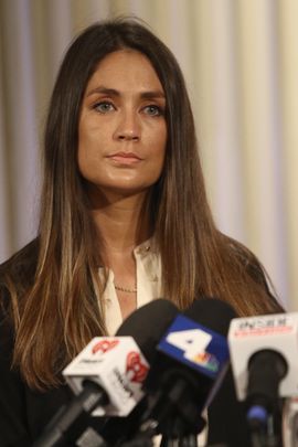 LOS ANGELES, CA - OCTOBER 25:  Actress Dominique Huett (pictured) and her attorney Jeff Herman speak during a press conference regarding Huett's lawsuit against The Weinstein Company at the Kimton Hotel October 25, 2017 in Los Angeles, California.  Huett is claiming The Weinstein Company knew about Harvey Weinstein's sexual misconduct and did nothing to stop it.  Weinstein has been accused of sexual assault, harassment or rape by dozens of women.  (Photo by Frederick M. Brown/Getty Images)