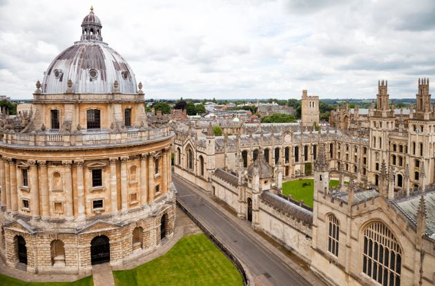 Fewer than 5% of Oxford students came from areas where few people went to university, the Sutton Trust