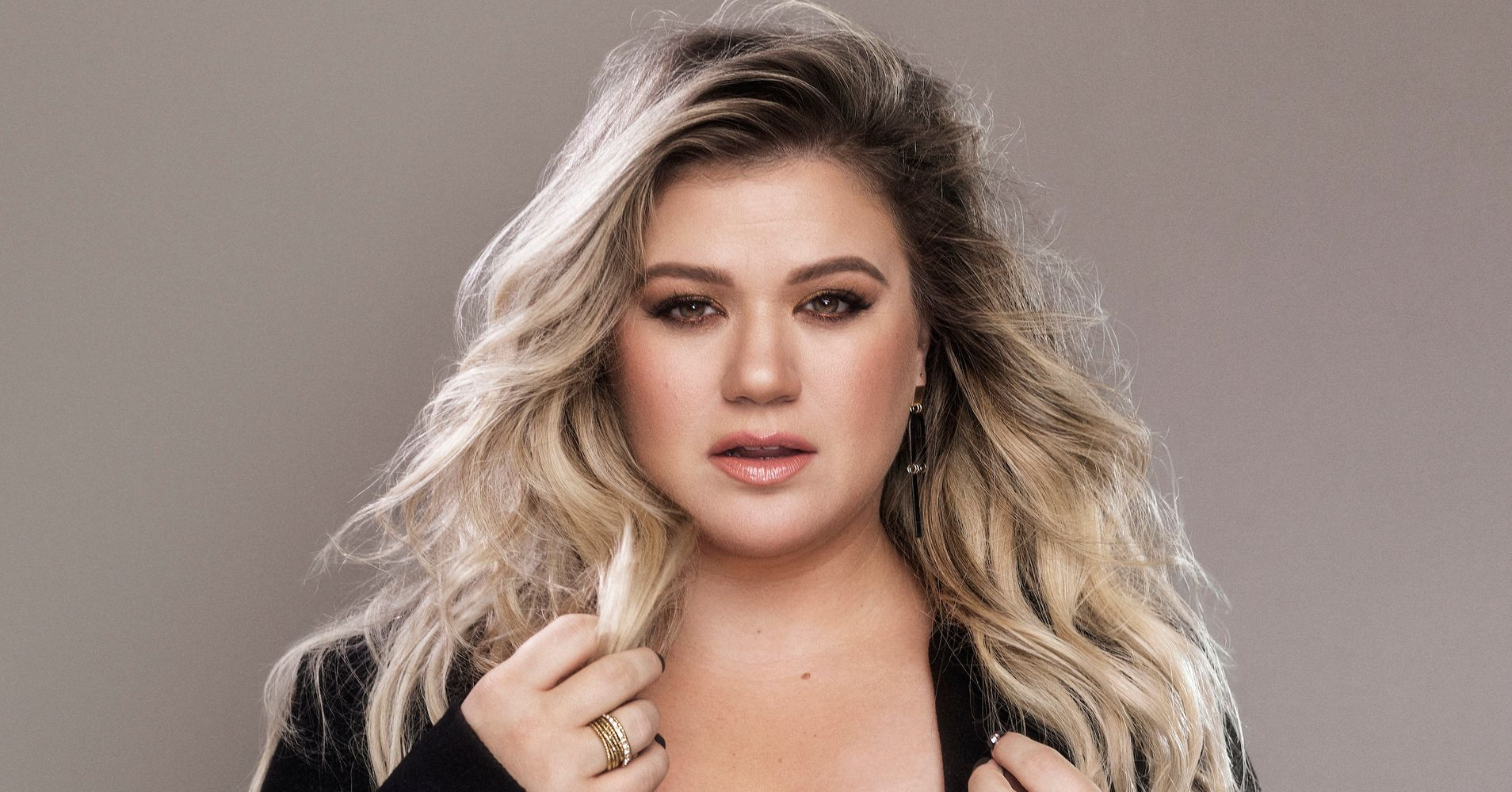 Kelly Clarkson Brings A Whole Lot Of Sass On New Album | HuffPost