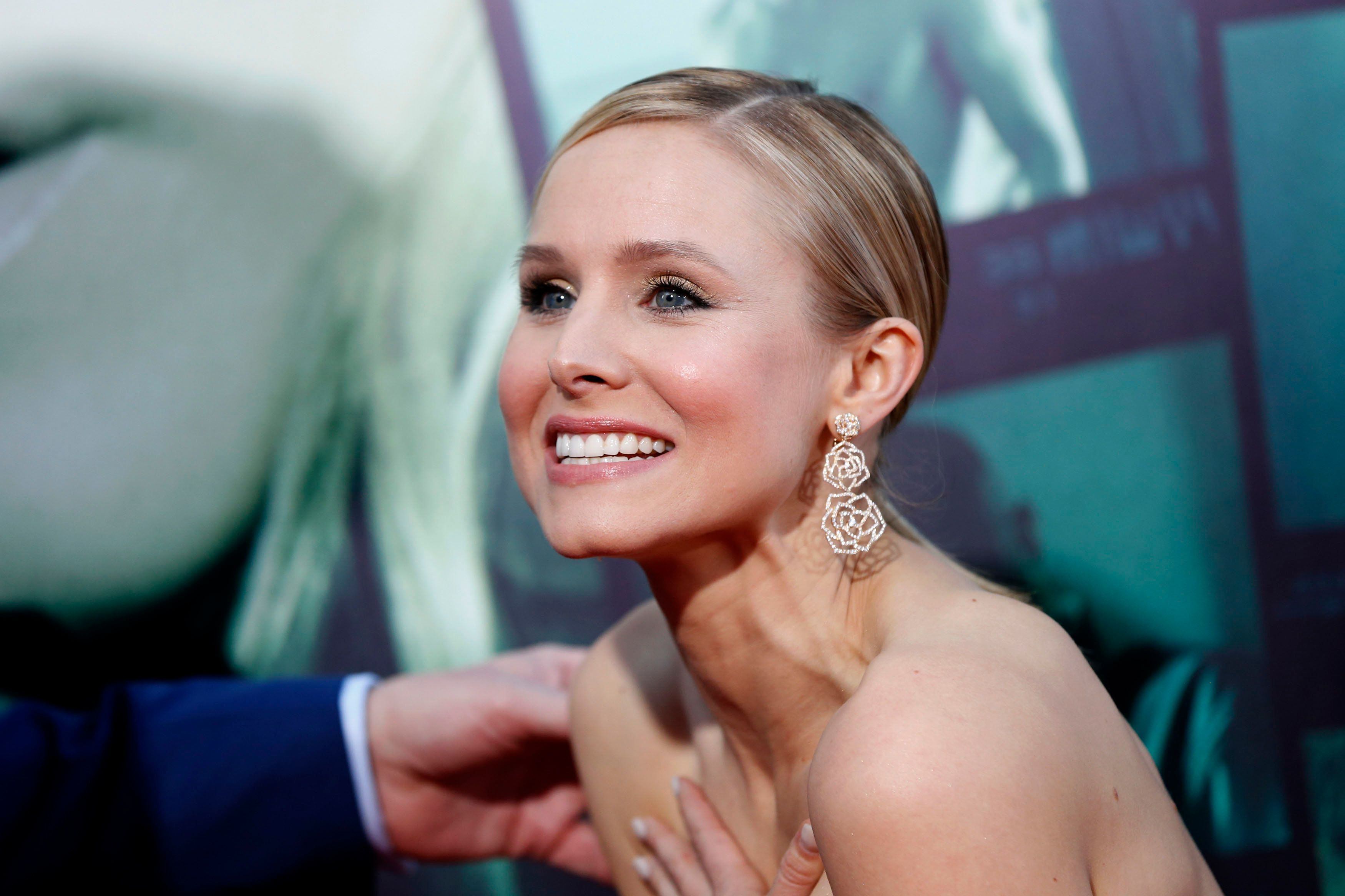 "Cast member Kristen Bell poses at the premiere of ""Veronica Mars"" in Hollywood, California March 12, 2014. The movie opens in the U.S. on March 14. REUTERS/Mario Anzuoni (UNITED STATES - Tags: ENTERTAINMENT)"