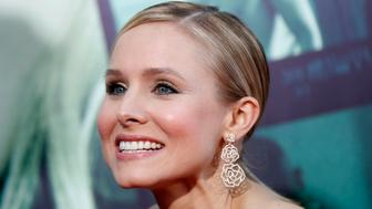 """Cast member Kristen Bell poses at the premiere of """"Veronica Mars"""" in Hollywood, California March 12, 2014. The movie opens in the U.S. on March 14. REUTERS/Mario Anzuoni (UNITED STATES - Tags: ENTERTAINMENT)"""
