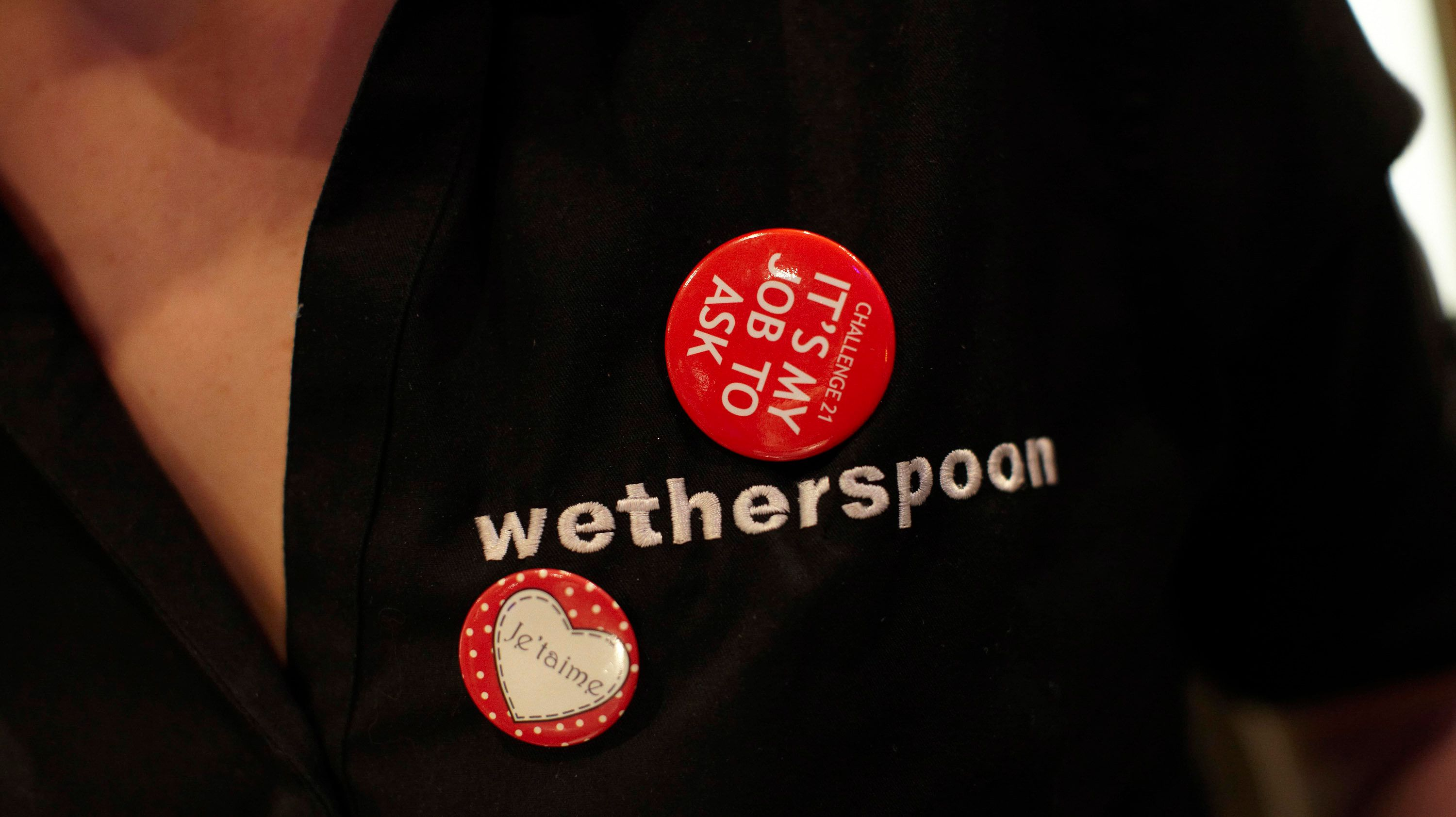 Wetherspoons Forced To Deny 'Poppy Ban For Staff' After Social Media Hoax