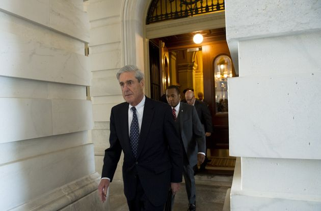 1st charges filed in Mueller probe of Russian meddling in election