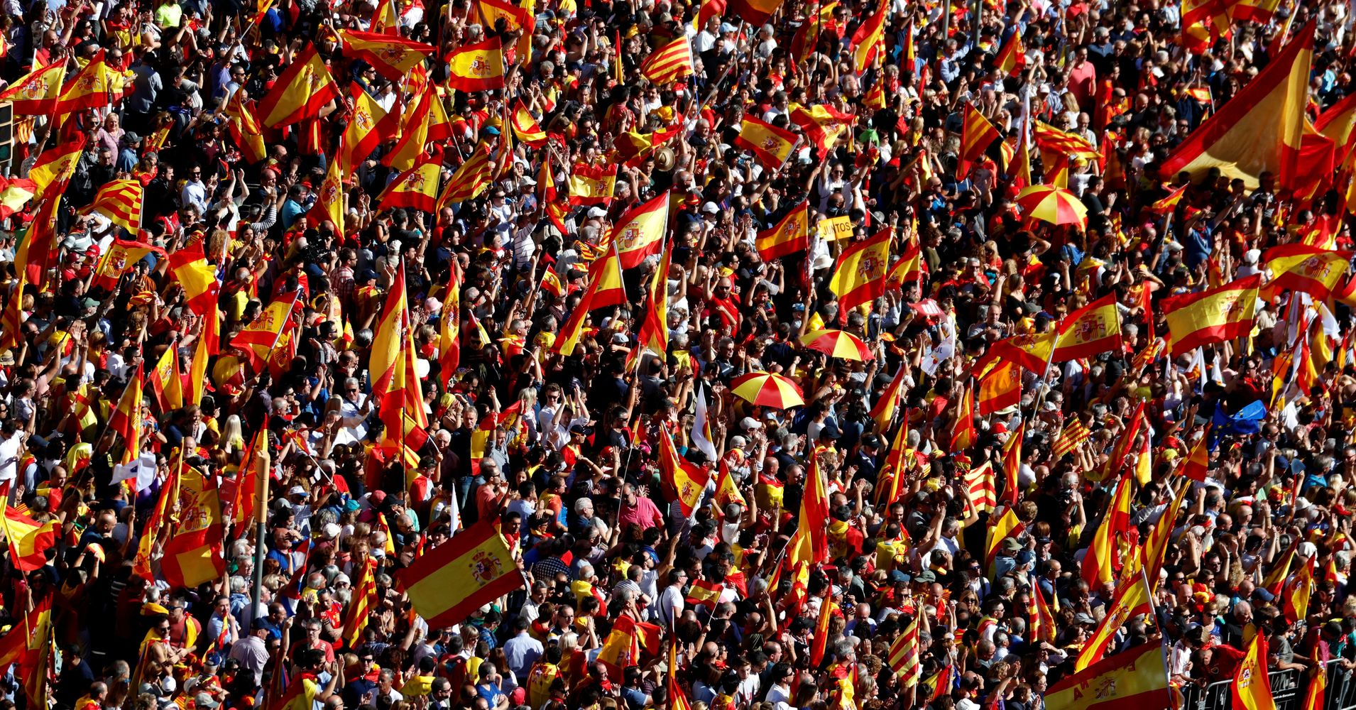 Hundreds Of Thousands March For Unified Spain in Barcelona ...