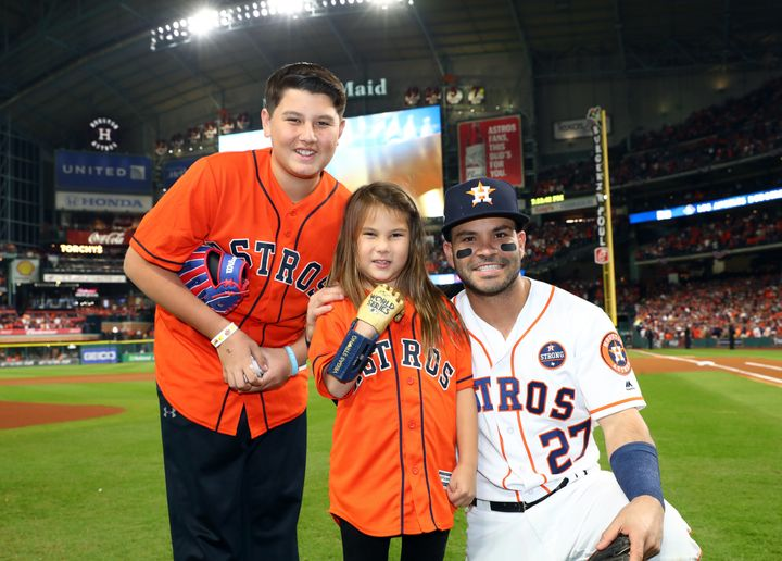 Dawson threw out the first pitch at Game 4 of the World Series.