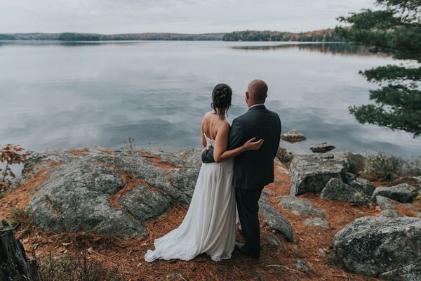 """Jenna and Jack were married on October 14 at the beautiful Port Cunnington Lodge in Muskoka, Canada. On a day that called fo"