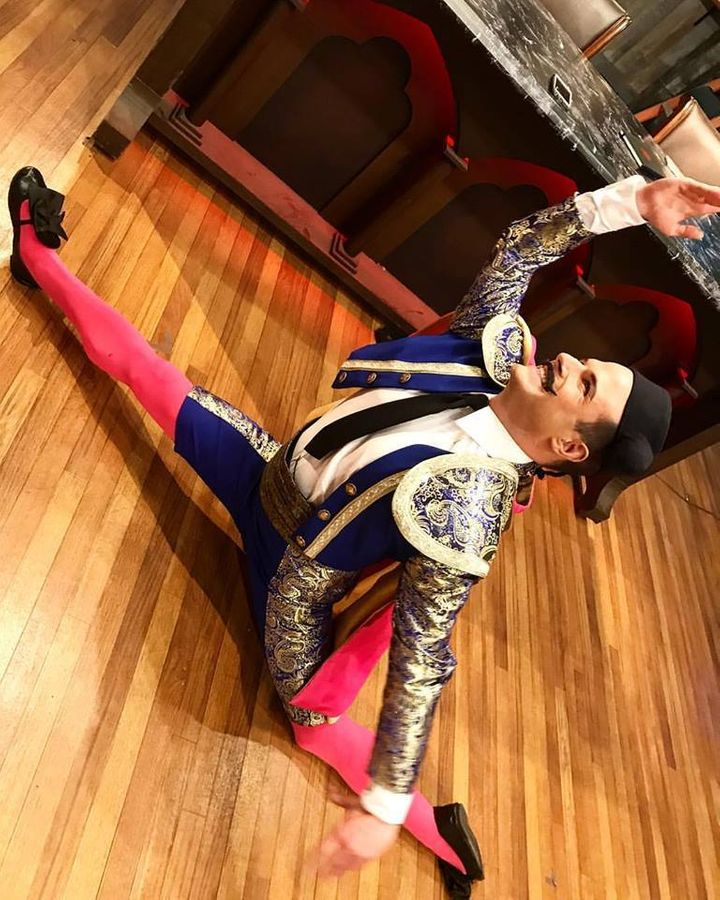 <p>Zac Young being naturally theatrical on Halloween Baking Championship</p>