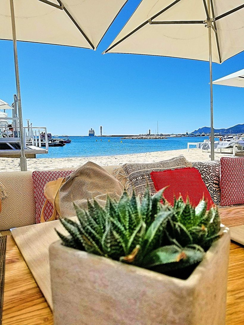 Lunchtime at BFire on the private beach of Le Majestic, Cannes.