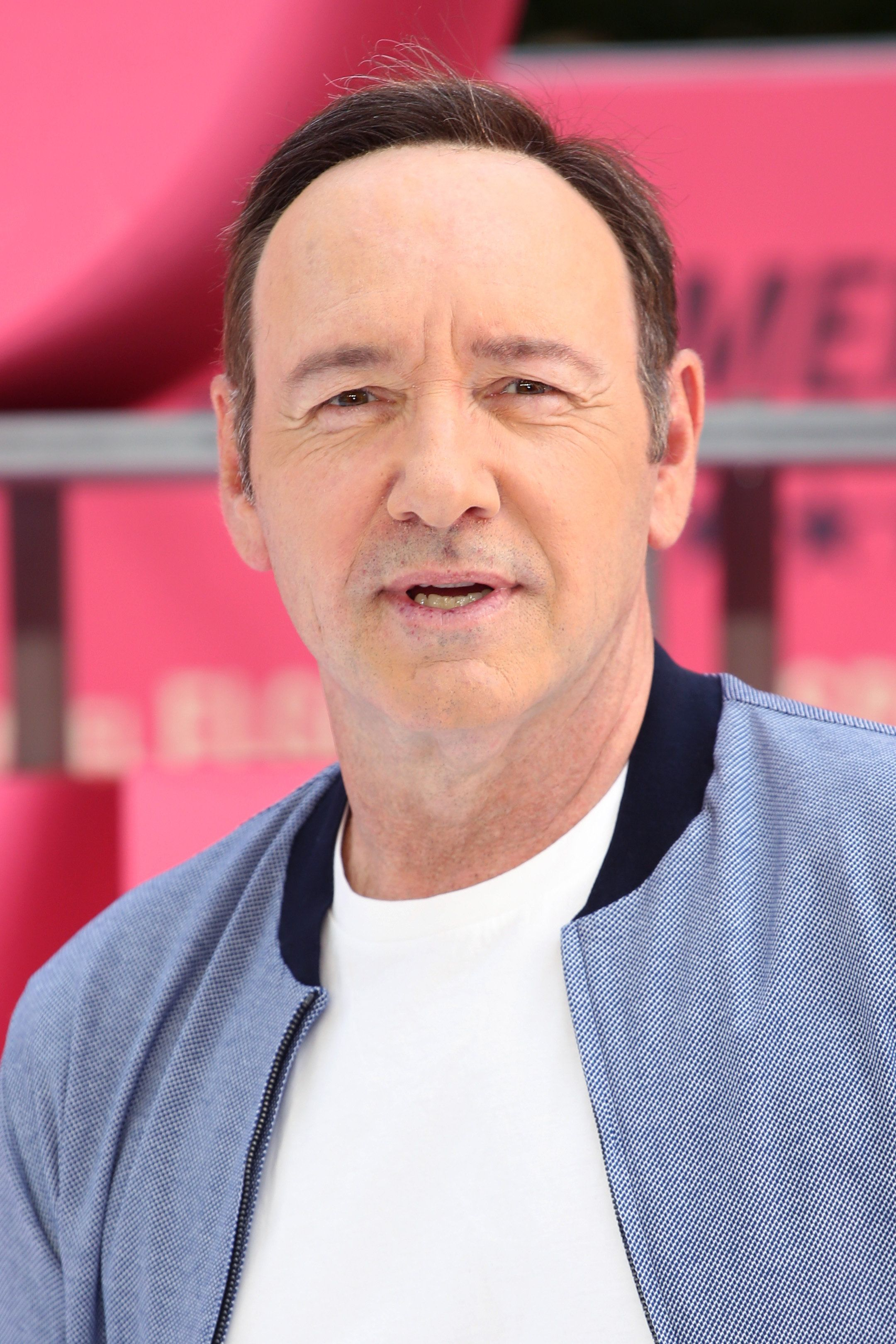 Old Vic Theatre Shares 'Deep Dismay' Over Kevin Spacey Harassment
