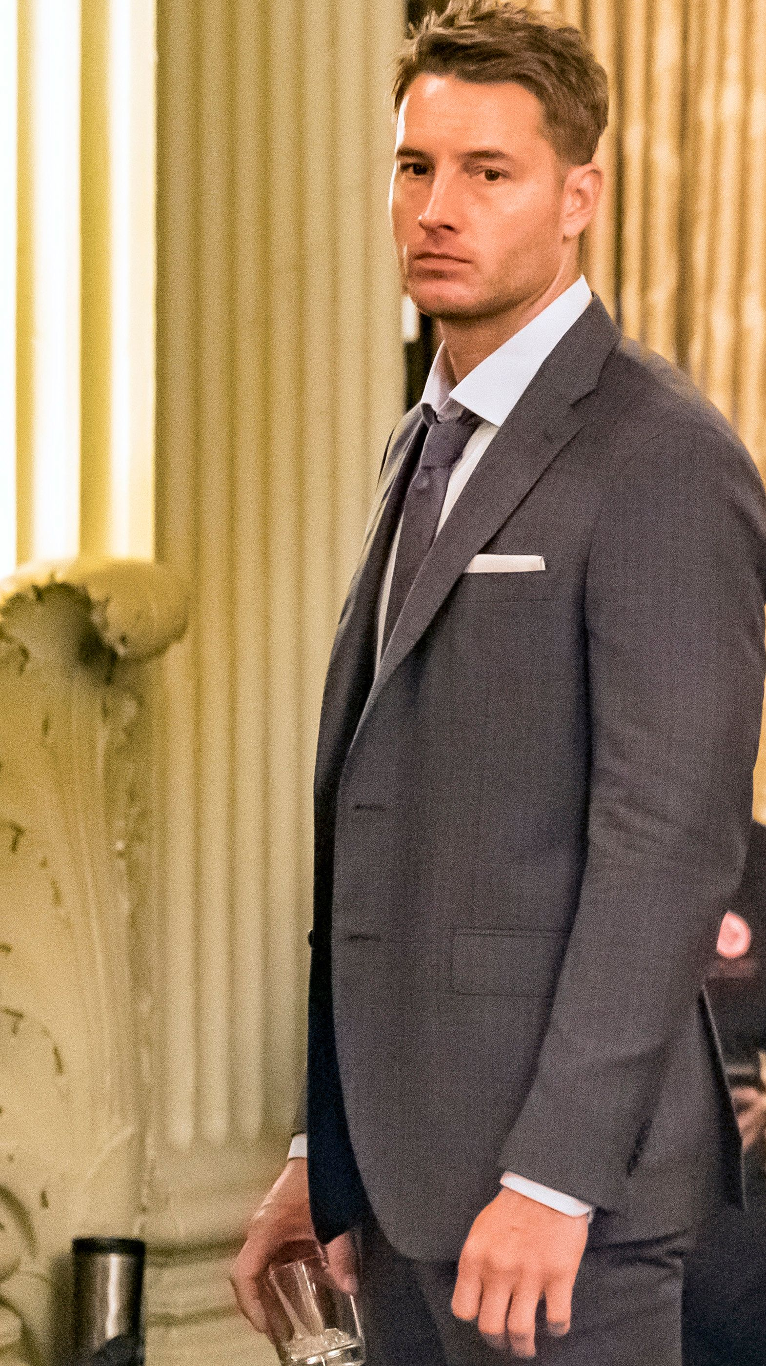 "THIS IS US -- ""Brothers"" Episode 205 -- Pictured: Justin Hartley as Kevin -- (Photo by Ron Batzdorff/NBC)"