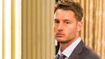 """THIS IS US -- """"Brothers"""" Episode 205 -- Pictured: Justin Hartley as Kevin -- (Photo by Ron Batzdorff/NBC)"""