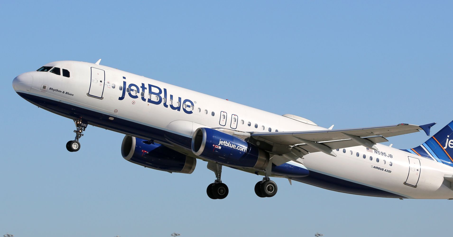 jetblue is offering 49 flights in an awesome 2 day flash sale