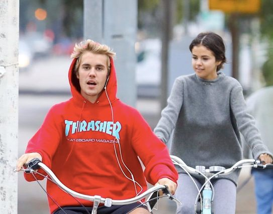 Something Is Definitely Going Down With Selena Gomez And Justin