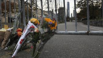 NEW YORK, NY - NOVEMBER 01: A makeshift memorial stands on a bike path in lower Manhattan on November 1, 2017 in New York City. Eight people were killed and 12 injured on October 31 when suspect 29-year-old Sayfullo Saipov intentionally drove a truck onto the path. Saipov, a legal resident from Uzbekistan, came to the United States in 2010. (Photo by John Moore/Getty Images)