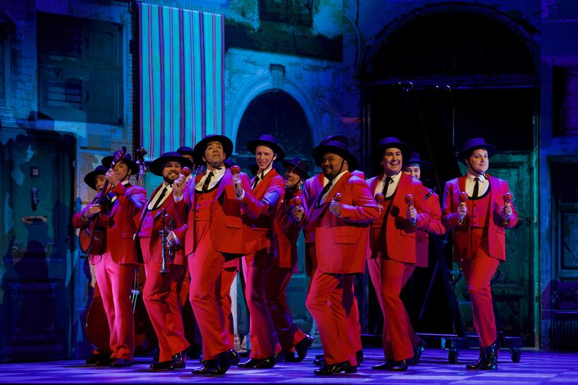 Members of The Seattle Opera Chorus in The Barber of Seville, courtesy Seattle Opera