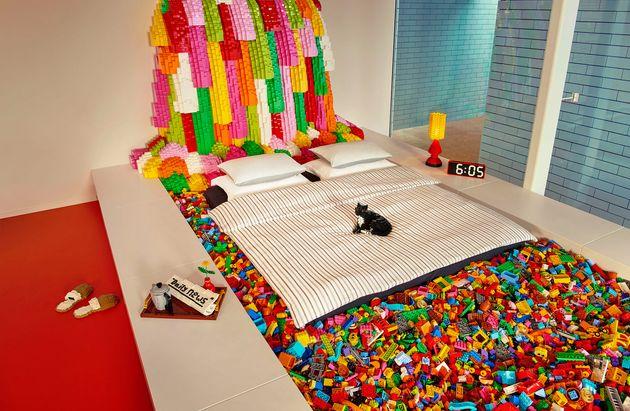 ¿Quieres alojarte en una casa construida con 25 millones de piezas de
