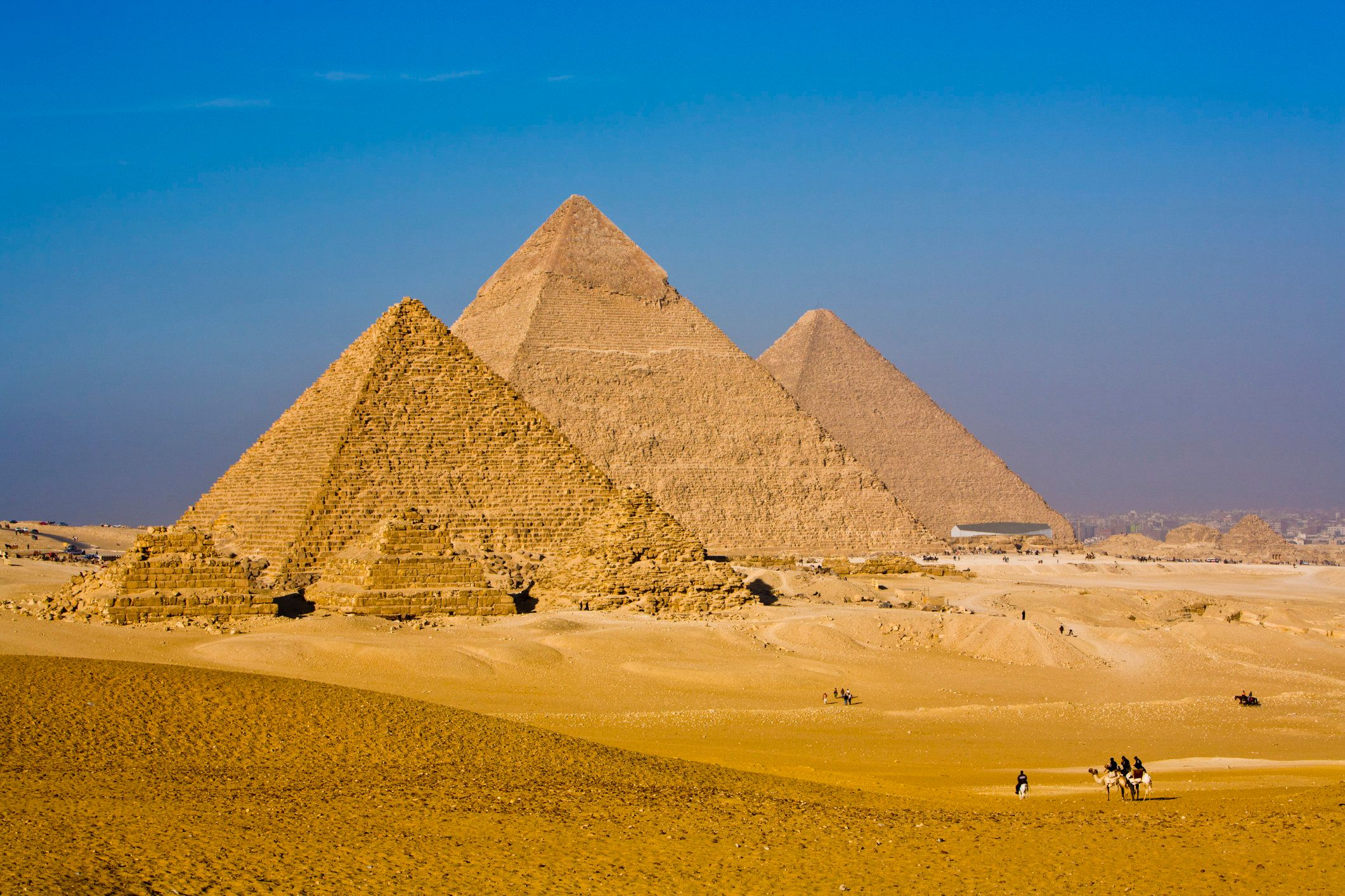 <strong>The Great Pyramid&nbsp;soars to a height of 479 feet</strong>