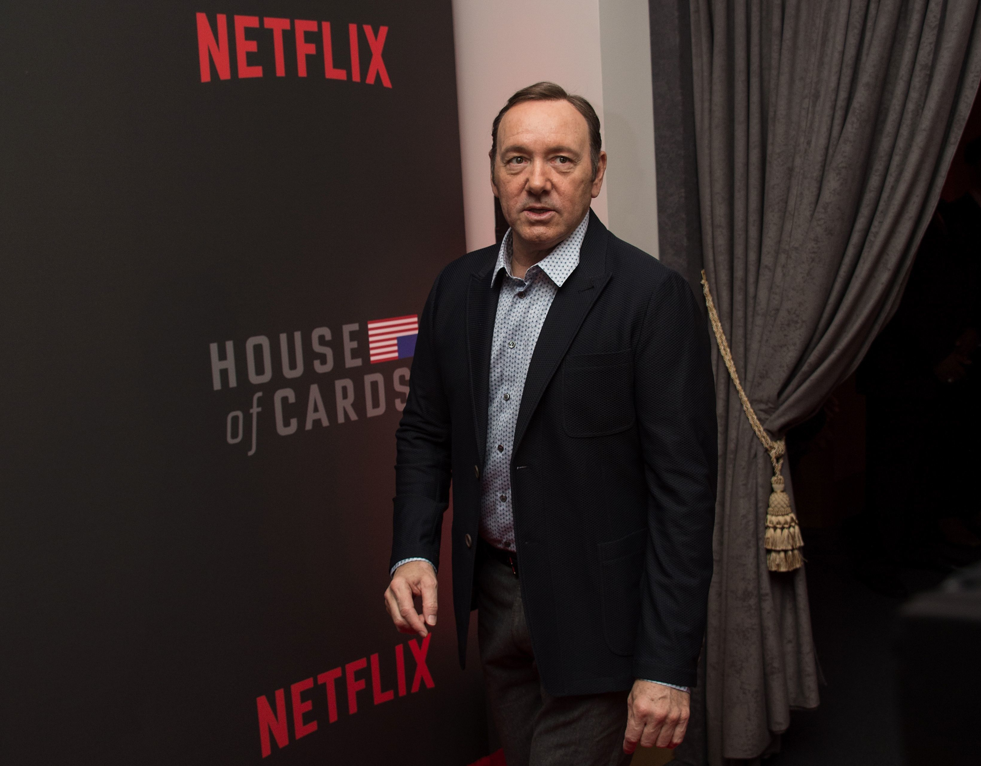 Actor Kevin Spacey arrives at the season 4 premiere screening of the Netflix show 'House of Cards' in Washington, DC, on February 22, 2016. / AFP / Nicholas Kamm        (Photo credit should read NICHOLAS KAMM/AFP/Getty Images)