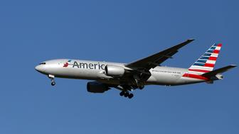 A American Airlines Boeing 777-223(ER) plane with the registration N782AN lands at Heathrow