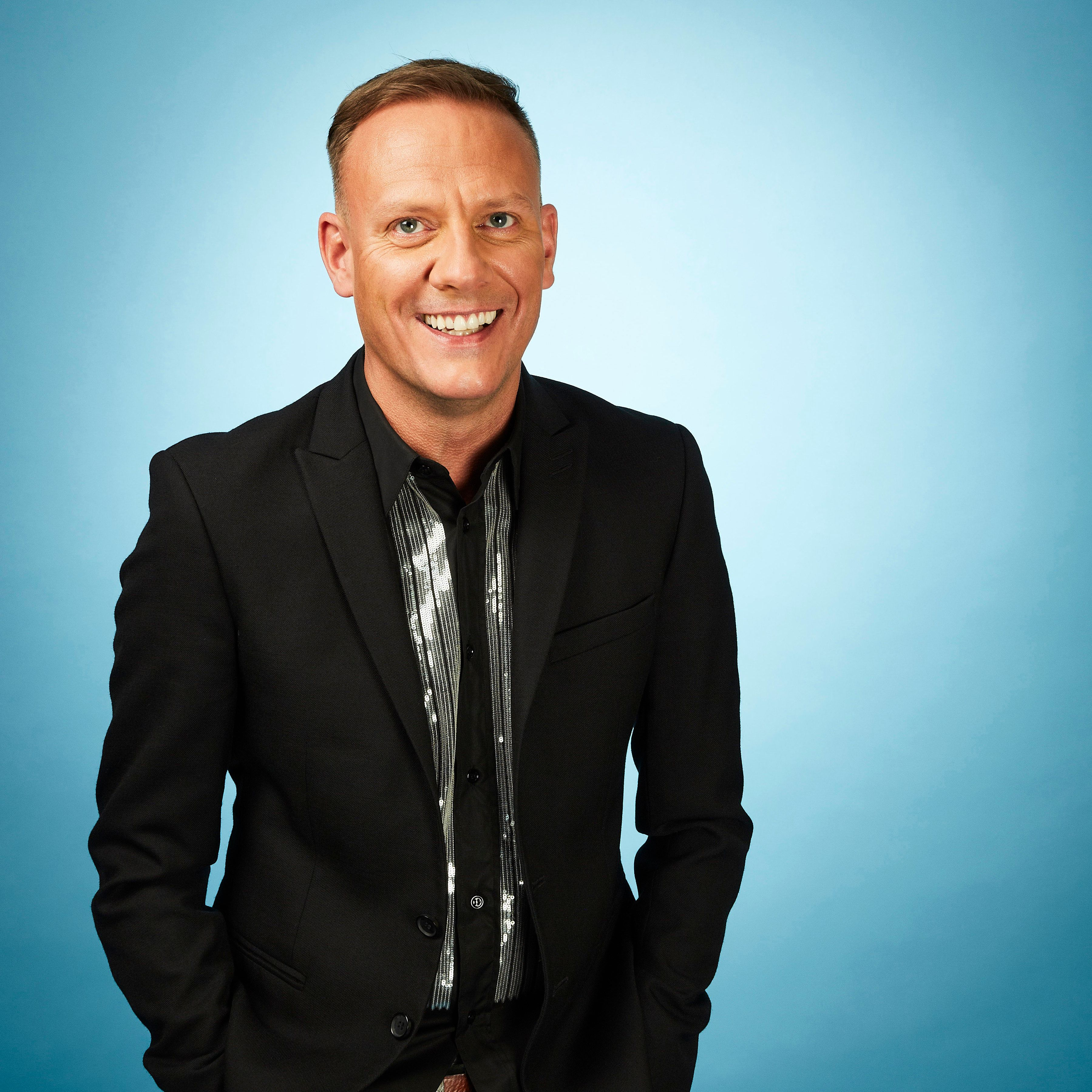 <strong>Antony Cotton</strong>