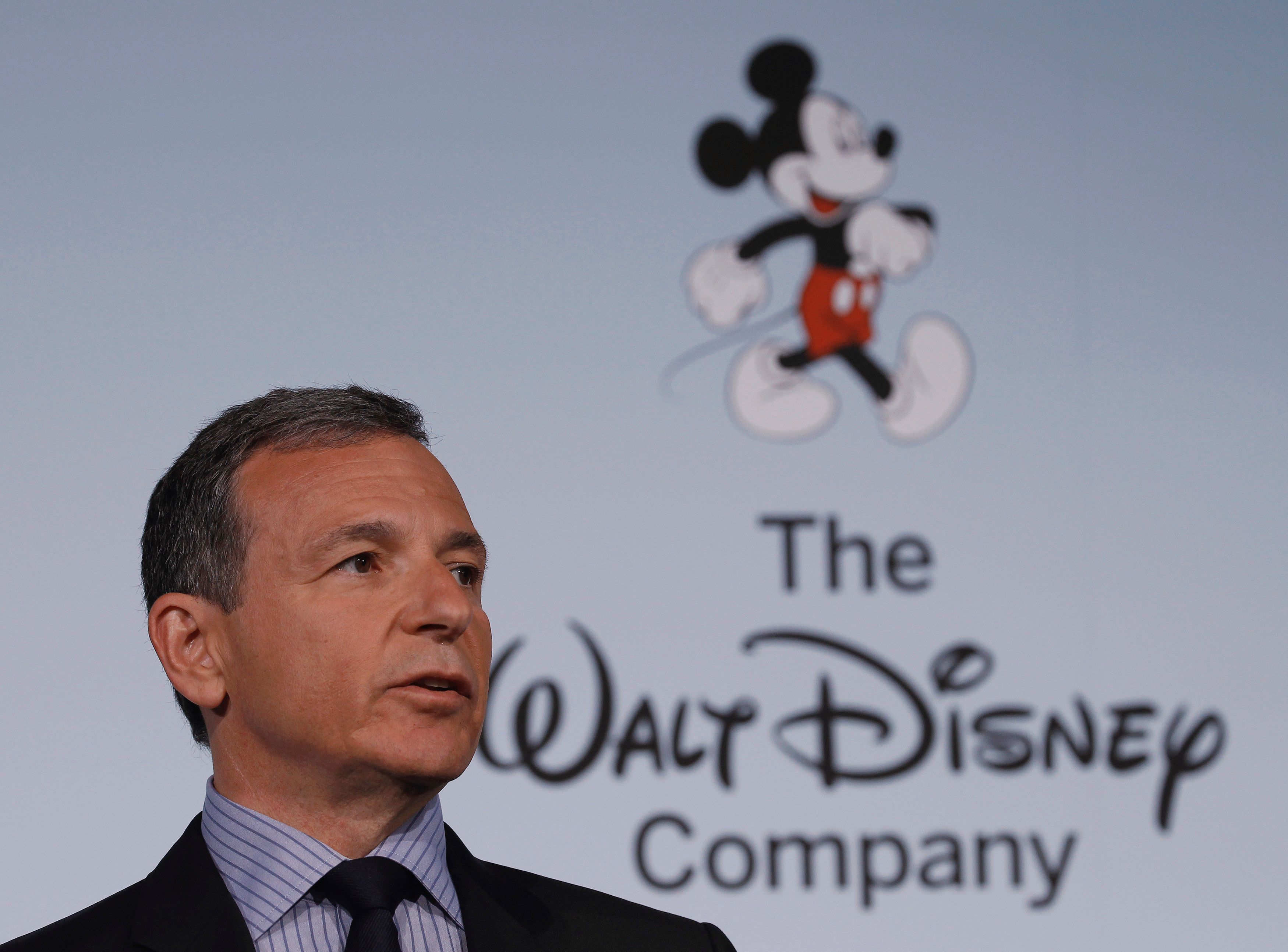 Walt Disney Company Chairman and Chief Executive Officer Robert Iger announces Disney's new standards for food advertising on their programming targeting kids and families at the Newseum in Washington June 5, 2012. REUTERS/Gary Cameron/File Photo