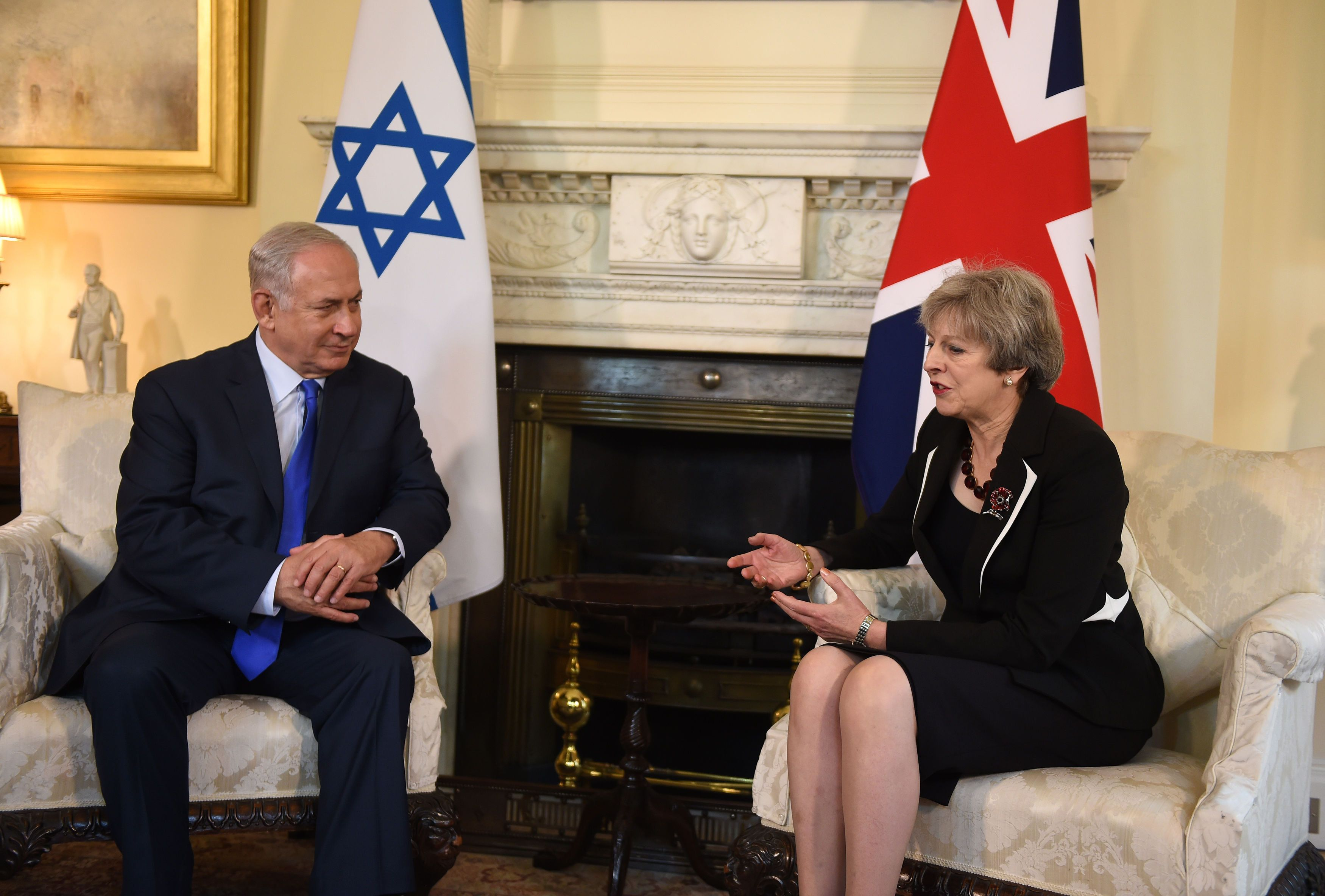 Theresa May meet with Israeli Prime Minister Benjamin Netanyah but was not aware he had met with Priti Patel in August.