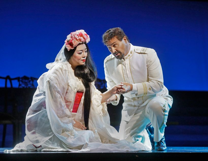 Hui He as Cio-Cio-San and Roberto Aronica as Pinkerton in the Met's <em>Madama Butterfly</em>.
