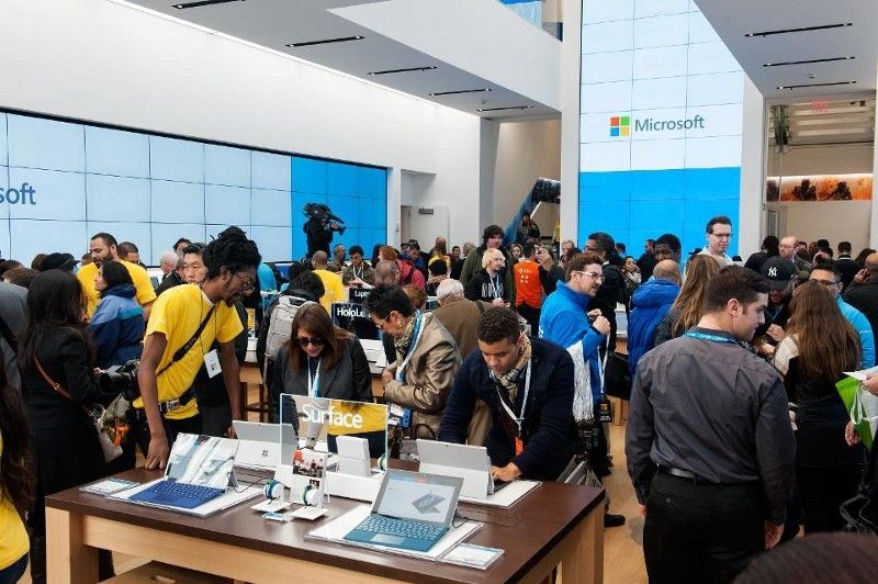 <em>NEW YORK, NY - OCTOBER 26: Customers look at merchandise at Microsoft's first flagship store on Fifth Avenue on Octob