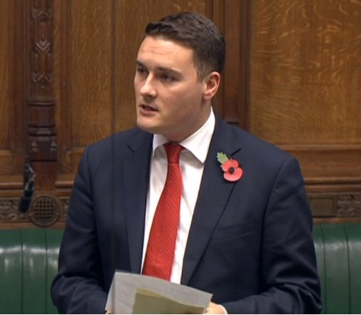 <strong>Labour MP Wes Streeting told MPs he was approached by a schoolboy for help getting out of living in a hostel</strong>